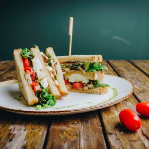 Broodje club sandwich kip